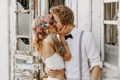 Urbane Boho Strandhochzeit auf dem Monberg | Annika & Lucas | Düsseldorf Strand, Wedding Dresses, Inspiration, Fashion, Bride Dresses, Biblical Inspiration, Moda, Bridal Gowns, Fashion Styles