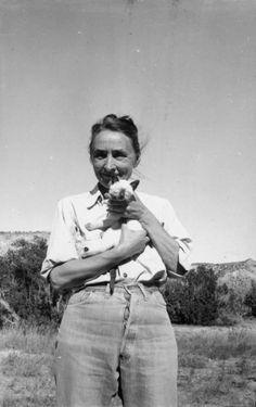 Georgia O'Keefe and cat