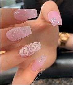 Coffin nails are a popular shape, and their popularity has not diminished at all. Long coffin nail art designs are the most common for women who like to attract people's attention with its striking appearance. But short coffin nail art designs are al Pink Acrylic Nails, Acrylic Nail Designs, Nail Art Designs, Nails Design, Acrylic Summer Nails Almond, Design Ideas, Glam Nails, Glitter Nails, Gold Nails
