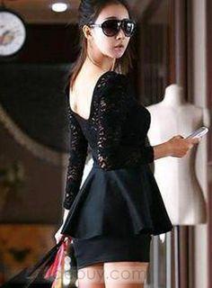 エレガントなスリムエンパイアウエストレースドレス