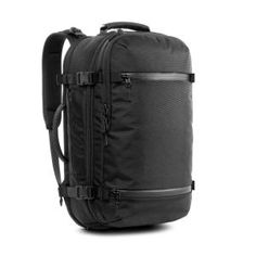 The Travel Pack is a versatile carry-on backpack designed for the smart traveler. Dedicated compartments for your travel essentials and technology keep you organized and ready for any journey. Best Carry On Backpack, Carry On Luggage, Laptop Backpack, Black Backpack, Business Trip Packing, Travel Packing, Business Travel, Travel Bags, Packing Tips
