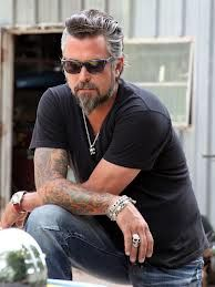 """abiroux: """" This is Richard Rawlings, owner of Gas Monkey Garage in Texas. He's on the show Fast and Loud on Discovery Channel, and he has the most epic hair on TV. """" Richard has held several jobs to feed his car habit. He was a firefighter, police. Richard Rawlings, Discovery Channel, Kristen Ashley Books, Fast N Loud, Salt And Pepper Hair, Gas Monkey Garage, Motorcycle Men, Silver Foxes, Raining Men"""