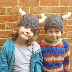 Crochet Viking Hat- Free Pattern – Off The Hook Viking Hat Crochet Pattern, Crochet Amigurumi Free Patterns, Crochet For Kids, Crochet Baby, Free Crochet, Irish Crochet, Crochet Ideas, Crochet Projects, Crochet Beanie