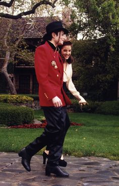 Michael Jackson and Lisa Marie @ Neverland