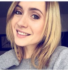 Lysandre Nadeau, Actresses, Youtube, Queens, Nice, Female Actresses, Nice France, Youtubers, Thea Queen