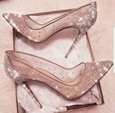 cinderella stiletto heels / glitter pumps / women's shoes from Louboutin Pretty Shoes, Beautiful Shoes, Cute Shoes, Me Too Shoes, Fancy Shoes, Beautiful Beautiful, Prom Heels, Sparkly Heels, Sparkly Wedding Shoes