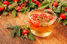Napi 3 pohár, heti 1,5 kiló mínusz: fogyókúrás víz csipkebogyóval | femina.hu