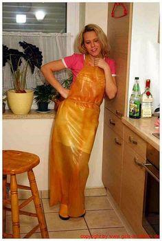Plastic Raincoat, Plastic Pants, Plastic Aprons, Pvc Apron, Rubber Gloves, Shiny Leggings, Pvc Vinyl, Rain Wear, Costumes For Women