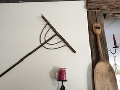 Love the old tools on the walls! Old Tools, Antique Items, Beams, Old Things, Walls, Rustic, Decorating, Antiques, Country Primitive