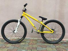 Bmx Dirt, Dirt Biking, Montain Bike, Dirt Jumper, Cycling Girls, Dirtbikes, Mtb Bike, Street Bikes, Tricycle