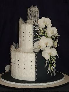 Inspired by Cake: Cake Competition - Challenge 2010 - very striking Tall Wedding Cakes, Wedding Cake Photos, Easy Cake Decorating, Cake Decorating Techniques, Decorating Ideas, Candy Cakes, Cupcake Cakes, Beautiful Cakes, Amazing Cakes
