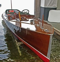 One of the beautiful restored wood boats that are found in Muskoka. Maserati, Bugatti, Old Boats, Small Boats, Yacht Design, Boat Design, Wooden Speed Boats, Chris Craft Boats, Classic Wooden Boats