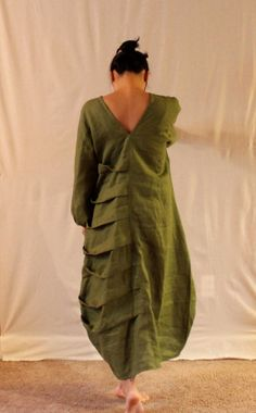 handmade to measure  bottle shaped spiral pleats linen dress by annyschooecoclothing,