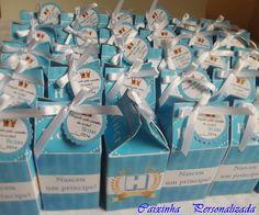 Kit Lembrancinhas para Chá de Bebê, Maternidade ou Aniversário.  Contém 1 caixinha (tipo milk personalizada) + 1 sabonete líquido 30ml + 1 álcool gel 30ml