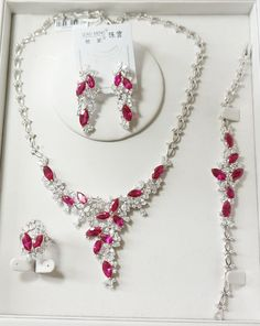 fashion jewelry contact: 18877400361@163.com skype:wu.julie5