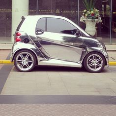 You can see yourself in this smart. The future in a smart fortwo is eminent.   Photo  via @capetownwhiteboy