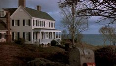 """Harrison Ford's Country House on Chesapeake Bay in the movie """"Patriot Games""""… Harrison Ford, Harrison House, Patriots Game, Southern Living House Plans, Ryan Homes, Dream Properties, Home Tv, Craftsman Bungalows, Celebrity Houses"""