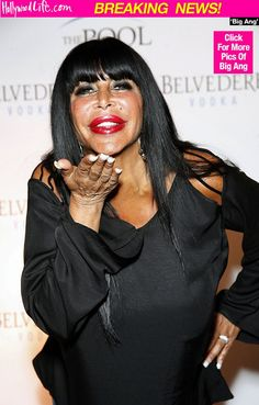 """This is so sad. Angela """"Big Ang"""" Raiola lost her battle with cancer. Bad Plastic Surgeries, Plastic Surgery, Big Ang Mob Wives, Wife Pics, Italian Women, Lung Cancer, Hollywood Life, Celebs, Celebrities"""