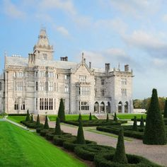 The Case for Skipping Town on Thanksgiving Beautiful Castles, Beautiful Homes, Beautiful Places, Casa Steampunk, Adare Manor, Colonial Mansion, Luxury Homes Dream Houses, Beach Bungalows, Interior Exterior