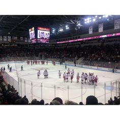 Boston University vs. Wisconsin  #icehockey #bu #boston #sport #america #collegesport #bostonterriers #bostonuniversity by lozbaethefirst