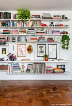 Minimalist Living Room India is enormously important for your home. Whether you pick the Japanese Minimalist Living Room or Minimalist Living Room Blue, you will make the best Minimalist Living Room B Living Room Designs, Living Room Decor, Living Rooms, Living Room Bookshelves, Bookcases, Living Room Shelving, Bookshelves For Small Spaces, Apartment Bookshelves, Floor To Ceiling Bookshelves