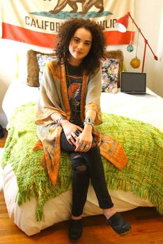 love kimono sleeve tops with vintage tee...I have a few kimono sleeve tops in my boutique and all of my vintage concert tees....love it, will wear it!