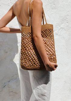 Crochet Summer Tote Etsy Ideas For 2019 Filet Crochet, Crochet Wallet, Hand Crochet, Crochet Beach Bags, Crochet Summer, Summer Tote Bags, Net Bag, Macrame Bag, Basket Bag