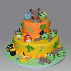 2 tiered angry birds cake i feel an angry birds theme for Angry birds cake decoration kit