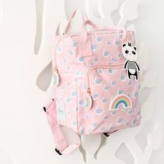 #Swan #Backpack from www.kidsdinge.com                             http://instagram.com/kidsdinge          https://www.facebook.com/kidsdinge/ #kidsdinge #onlinestore #Kidsroom #babyroom #Toys #Speelgoed #worldwideshipping