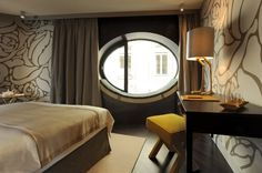 New Design Hotel Topazz In Vienna's Smallest Central Building Sites… Decorating Small Spaces, Interior Decorating, Interior Design, Decorating Ideas, Decor Ideas, Design Hotel, Boutique Design, House Window Design, Central Building