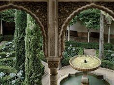 Lindaraja Fountain, The Alhambra, Grenada, Spain