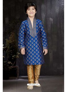 Dashing Blue Printed Kurta Pajama