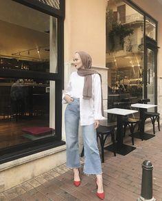 Modern Hijab Fashion, Street Hijab Fashion, Hijab Fashion Inspiration, Modest Fashion, Muslim Fashion, Fashion Outfits, Hijab Turban Style, Mode Turban, Casual Hijab Outfit