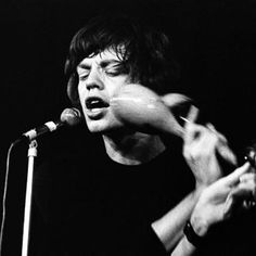 Harry Styles or young Mick Jagger? The world may never know. ;)