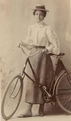 vintage everyday: 40 Interesting Vintage Photos of Women Posing With Bicycles from the Victorian and Edwardian Eras