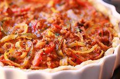 Tarta włoska z mięsem mielonym Quiche, Good Food, Yummy Food, Savoury Baking, Polish Recipes, Appetisers, Bon Appetit, Appetizer Recipes, Macaroni And Cheese