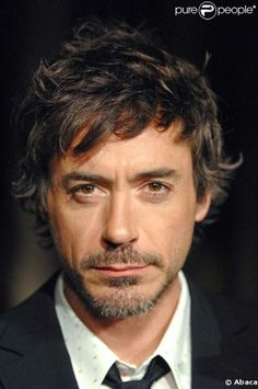 Robert Downey Jr. So handsome!!