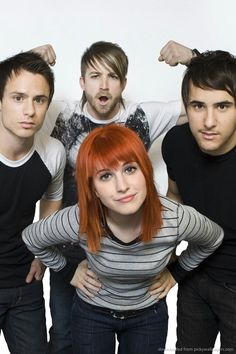 Paramore ,Old paramore zack and josh are here