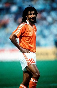 World Cup Finals, Palermo, Italy, June Holland 1 v Republic Of Ireland Holland's Ruud Gullit Get premium, high resolution news photos at Getty Images World Cup Logo, Usa World Cup, World Cup Trophy, Club World Cup, Fifa Women's World Cup, Legends Football, Football Icon, Retro Football, World Football