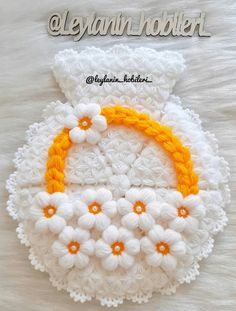 Crochet Hats, Blanket, Silk, Tejidos, Handarbeit, Knitting Hats, Blankets, Cover, Comforters
