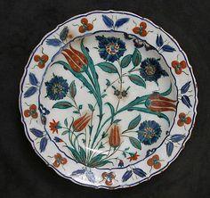Dish | Iznik, Turkey, second half 16th century | Stonepaste; painted under transparent glaze | The Metropolitan Museum of Art, New York