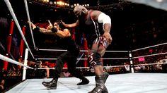 Raw 2/10/14: Mark Henry vs Dean Ambrose - United States Championship Match