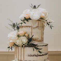 Iris and Steve Wedding Cake Rustic, Beautiful Wedding Cakes, Our Wedding, Dream Wedding, Wedding Anniversary Cakes, Engagement Cakes, Wedding Cake Inspiration, Cake Decorating Techniques, Cake Designs