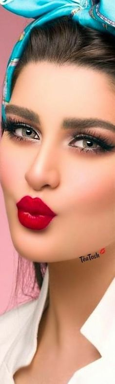 Beautiful Lips, Hello Gorgeous, Red Turquoise, Aqua, Love Makeup, Makeup Tips, Best White Shirt, White Shirts, Perfect Red Lips