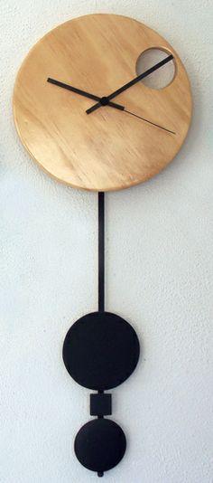 Can anyone think of a nice modern wall clock? - MacRumors Forums