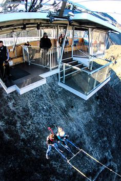 New Zealand's Largest Swing Launches People From 525 Feet High