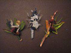 LOTR Lord of the Rings themed Wedding boutonniere set: Autumn in Lothlorien, Star of Elendil, Longbottom Leaf - Awesome