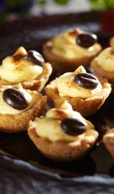 Mokkasuukkoset | Maku Cake Cookies, Cupcakes, Cheesecake, Dessert Recipes, Pie, Chocolate, Baking, Breakfast, Koti