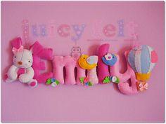 I banner incantati di Juicy Felt Felt Name Banner, Felt Letters, Name Banners, Diy And Crafts Sewing, Baby Crafts, Felt Crafts, Sewing Projects, Name Decorations, Baby Deco