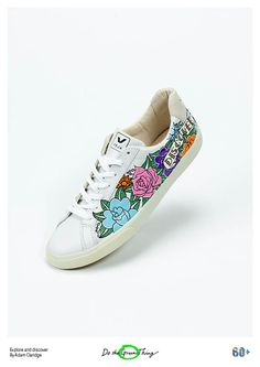 Everyday Things for Earth Hour day 12, fantastic shoe designer Adam Claridge uses a pair of ethical trainers by Veja to inspire you to use your feet to discover and explore, go places cars can't. http://dothegreenthing.com/posters/explore-and-discover-by-adam-claridge/